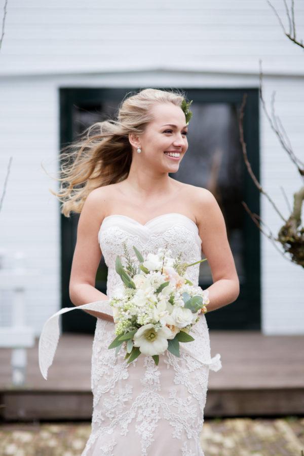bruid bij Landgoed De Olmenhorst
